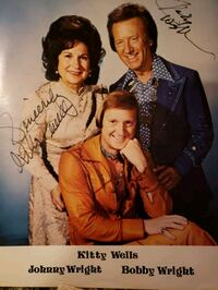 Autographed photo of Kitty Wells, Bobby and Johnny Wright Oshawa, L1H 2S3