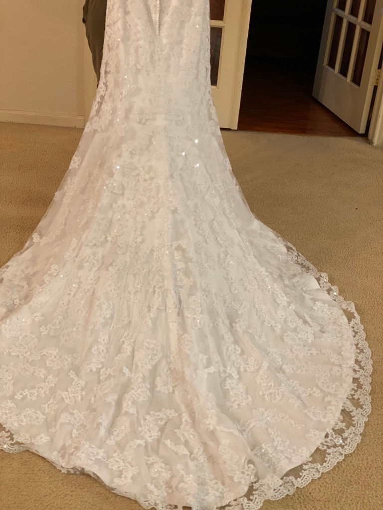 Photo Wedding dresses size 10