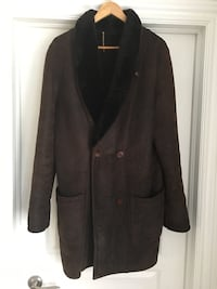 Ladies Large Sheepskin Coat Vaughan, L6A 2V4