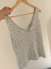 Blue/White Knit Tank Top S/M Toronto, M6E 3J4