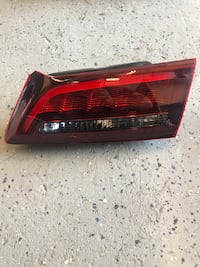 Acura TLX Right side trunk tail lamp Los Angeles, 90037
