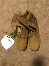 Army OCP Standard Issue Boots size 10 W Worcester, 01609