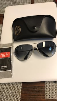 Ray Ban Aviator, Gray excellent like new Potomac, 20854