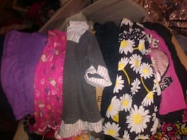 Small Girls clothing lot size 4t-6