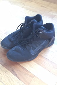 11.5 Nike Air Visi Pro 4 basketball shoes Victoria, V8Z 1W4