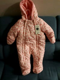 Infant Snowsuit (Never Worn)  Red Deer, T4R