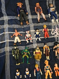 Assorted color character action figures Price for the whole lot !