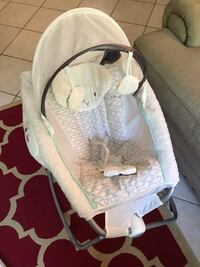 baby's white and gray bouncer Tampa, 33607