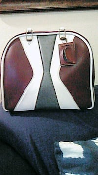 Vintage red and white leather bowling bag Pasco, 99301