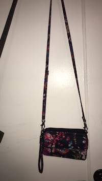 Very Bradley crossbody  Arlington, 22207