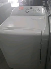 Whirlpool dryer in excellent condition