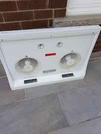 White electronic appliance, kitchen air vent