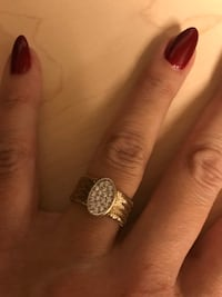 14k gold mesh ring size 8-81/2-9 Laval, H7X 3R8