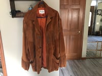 Mens Scully Leather Western Wear Brown Suede Leather Jacket Fringe in brand new condition. Grayslake, 60030