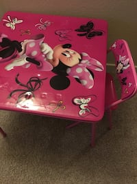 Minnie Mouse toddler girl table and chair  Irvine, 92614