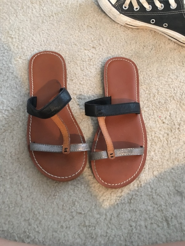 a982e083f Used Women s sandals size 7 for sale in Coppell - letgo