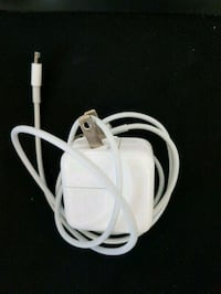 Iphone, Ipad charger  Toronto, M5B 2N3