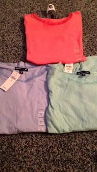 Brand new size 8 girls gap long sleeve. Cotton shirts. I paid 20 for 1. Steal deal. Look for more on my pge  Islip, 11751