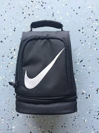 Like Brand New! Nike LunchBox Virginia Beach, 23456