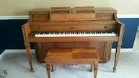 Lowrey Tuscany Piano with bench
