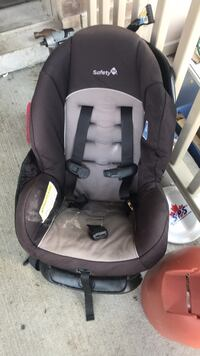 baby's black and gray car seat carrier New Tecumseth, L9R