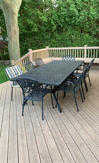 Cast iron patio set with 8 chairs and cushions Toronto, M2L 1V3