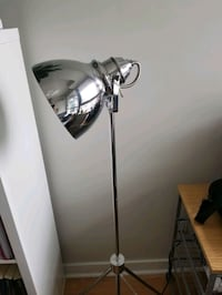 Stylish modern light/lamp Ottawa, K1N 1J8