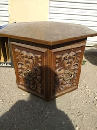 End table Ogden, 84401