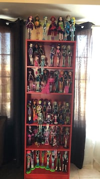 65 Monster High doll collection ( 30 limited addition not sold in Canada ) all accessories included Brampton, L6V 3A3