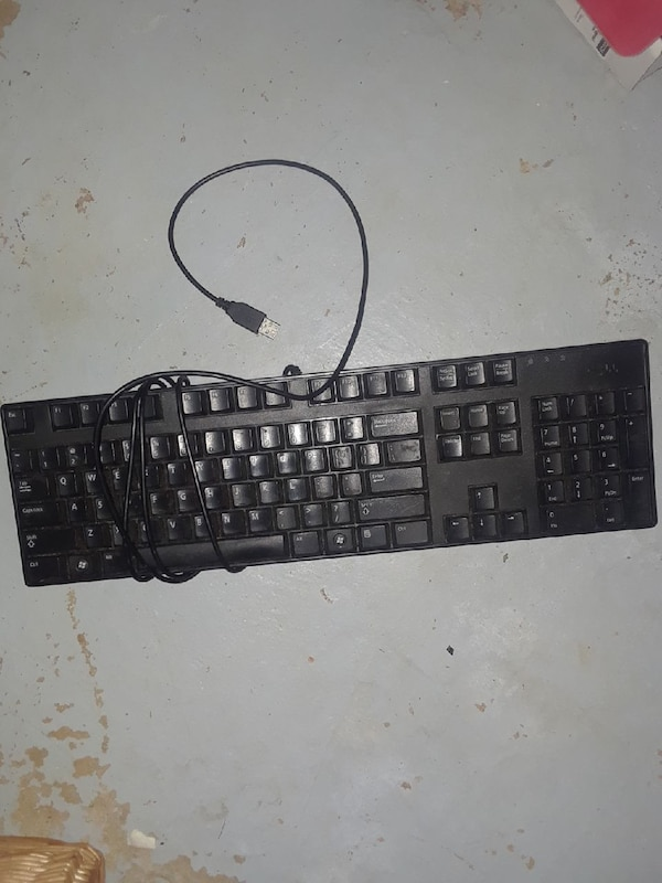 black corded computer keyboard