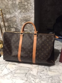Authentic Louis Vuitton Keepall , T8T 0T7