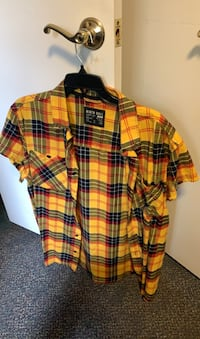 Short sleeve flannel  Annandale, 22003