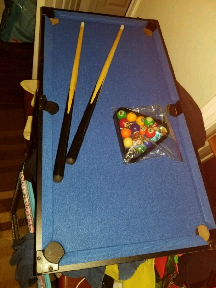blue and black pool table for sale  Nanaimo