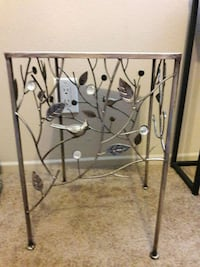 SILVER STAINED METAL BIRD IN TREE PLANT STAND Anaheim, 92804