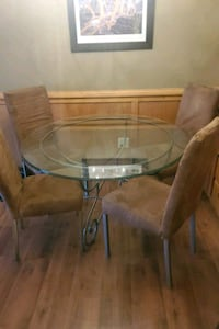 Ethan Allen Kitchen/ Dining Table & Chairs