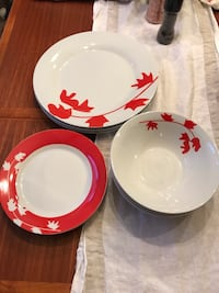 white and red ceramic dinnerware set Olney, 20832