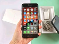 iPhone 7 Plus 32GB negro con funda Apple original 6415 km