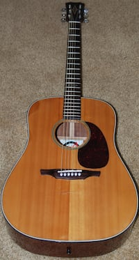 Alvarez Acoustic Guitar  Wadsworth, 44281