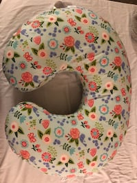 Breastfeeding pillow Gaithersburg, 20878