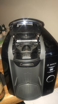 Tassimo coffee maker works great  Calgary, T2A 0A8