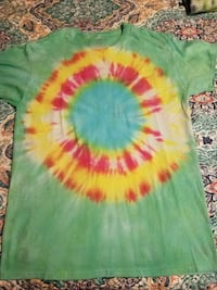 green, yellow, and red dyed crew-neck shirt