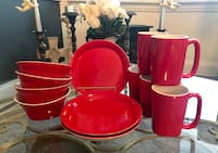 RACHAEL RAY ROUND & SQUARE DISHES - RED - DISCONTINUED (12 Pieces) Dormont, 15216