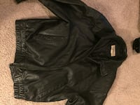 St. John's Bay men's leather jacket size large Cockeysville, 21030