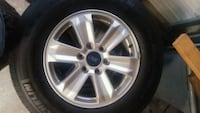 gray Ford 6-lug wheel with tire set
