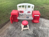 white and red kitchen playset Turbeville, 29162