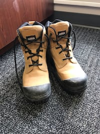 Pair of brown leather work boots Toronto, M2M 0A5