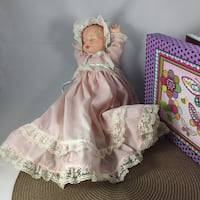 Automation Doll (her head moves while playing Brahms lullaby) Excellent Condition, such a treasure! Chesapeake, 23320