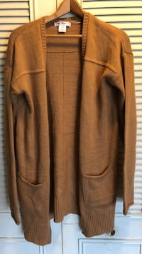 Wet Seal tan sweater NEVER WORN
