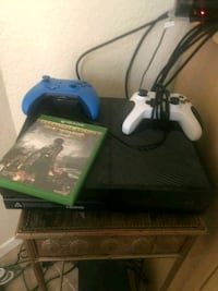 black Xbox One with two controllers Killeen, 76543