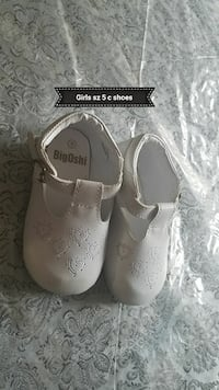 Girls sz 2 white toddler dress shoes Cockeysville